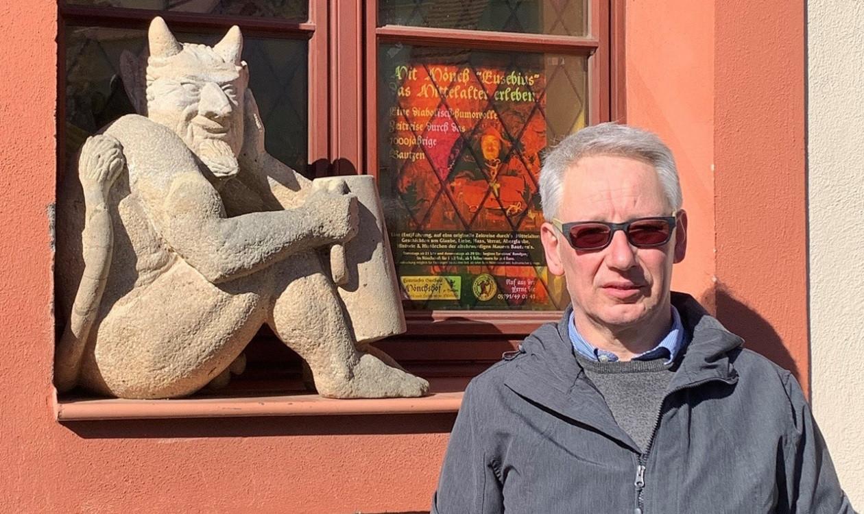"""Vierte Aprilwoche: <a href=""""https://augusto-sachsen.de/articles/gastronomie/augusto-fragt-nach-im-moenchshof-bautzen-106372"""">Bodo Siegert vom Mönchshof Bautzen</a>"""