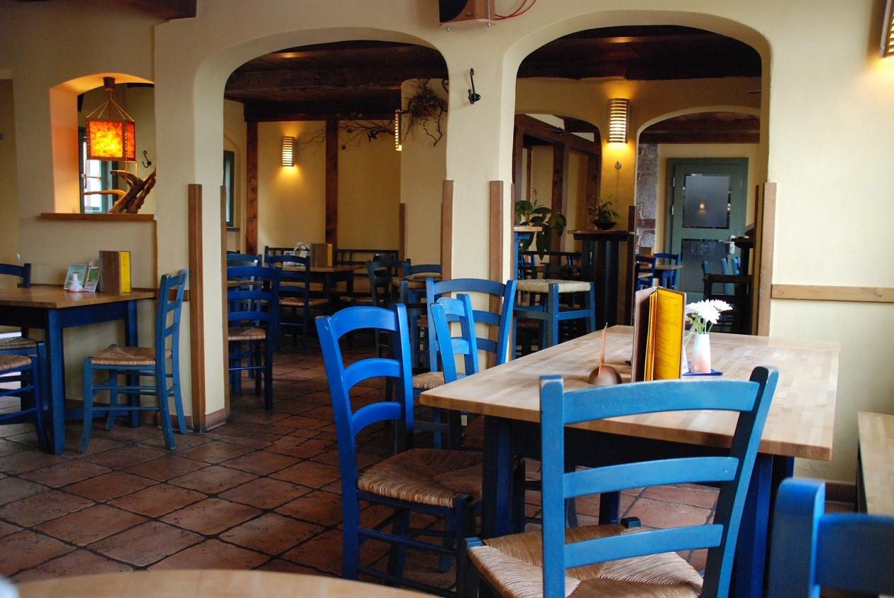 Im vegetarischen Restaurant selbst können bis zu 80 Gäste bedient werden.