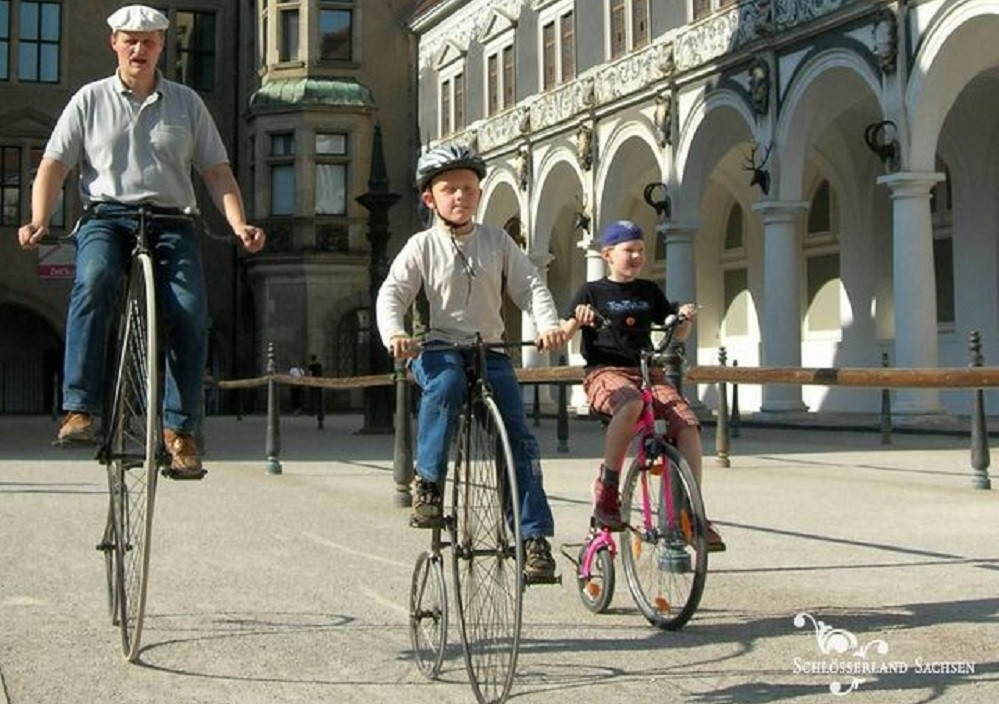 Selbst mal ausprobieren, wie die Radler vor hundert Jahren unterwegs waren?