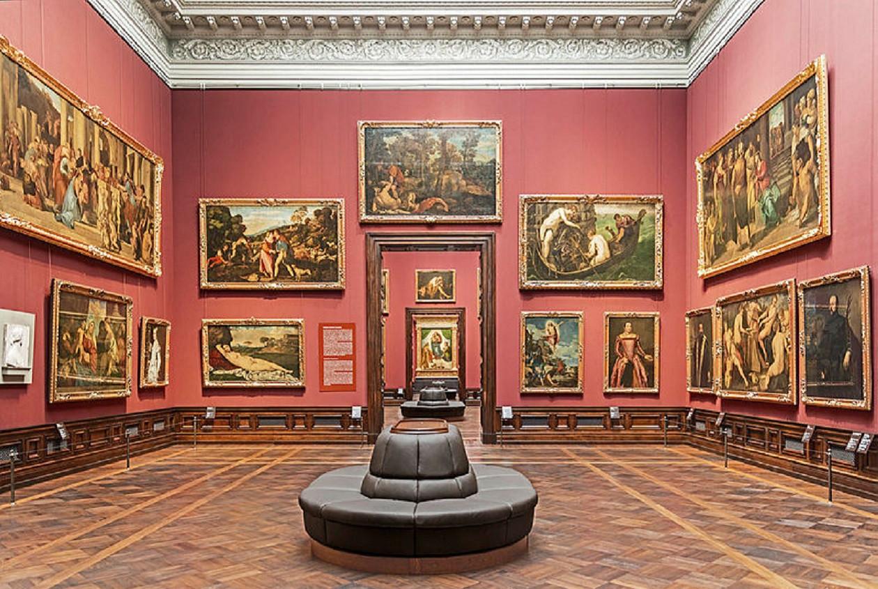 """Geöffnet dienstags bis sonntags 11 bis 17 Uhr, freitags bis 20 Uhr: <a href=""""https://augusto-sachsen.de/articles/freizeiterlebnis-gemaeldegalerie-alte-meister-218"""">Gemäldegalerie Alte Meister in Dresden</a>"""
