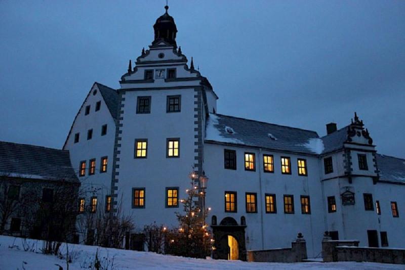 Winterromantik auf Schloss Lauenstein.