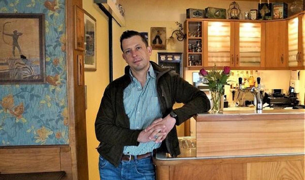 """Zweite Märzwoche: <a href=""""https://augusto-sachsen.de/articles/gastronomie/augusto-fragt-nach-im-cafe-weinberg-157261"""">Tobias Hahn vom Café Weinberg</a>"""