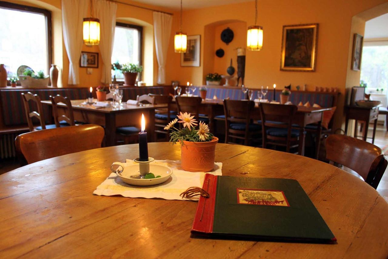 Das Landgasthaus überzeugt auch vom Innenambiente her die Gäste.