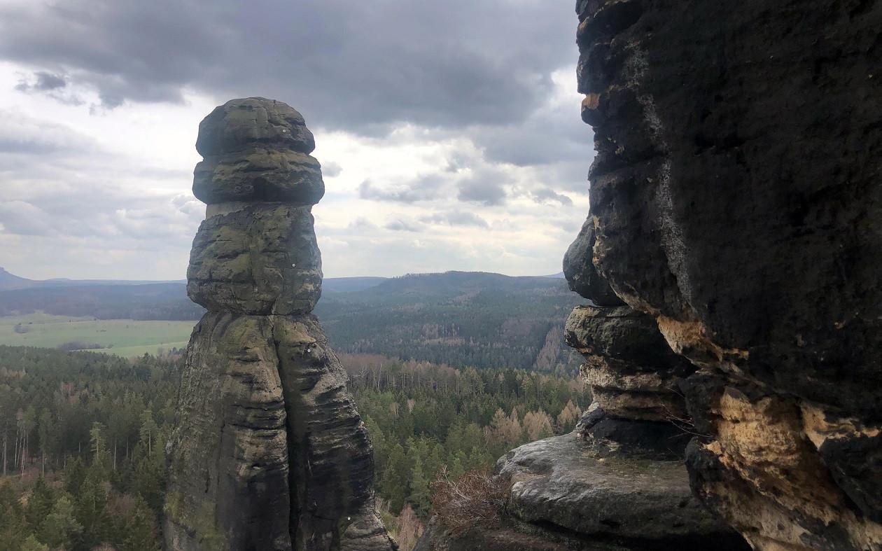 """Frühjahr: Geocaching <a href=""""https://augusto-sachsen.de/articles/geocaching-in-der-saechsischen-schweiz-307"""">in der Sächsischen Schweiz</a>"""