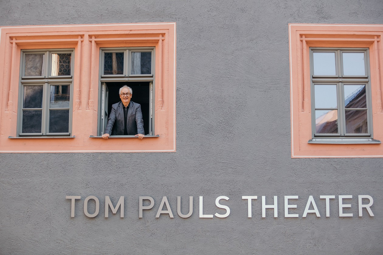Tom Pauls in seinem Theater in Pirna.