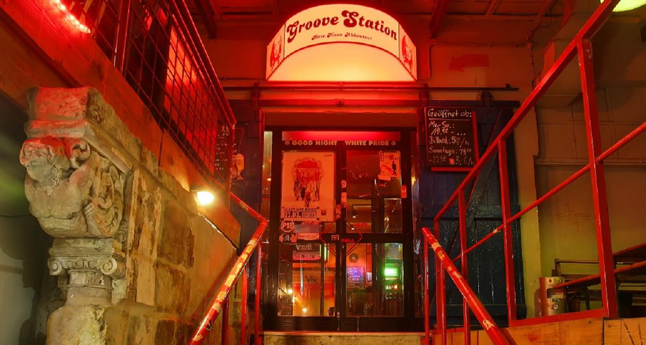Die Groove Station lädt mehrmals in der Woche zu Live-Musik - jedenfalls in normalen Zeiten.