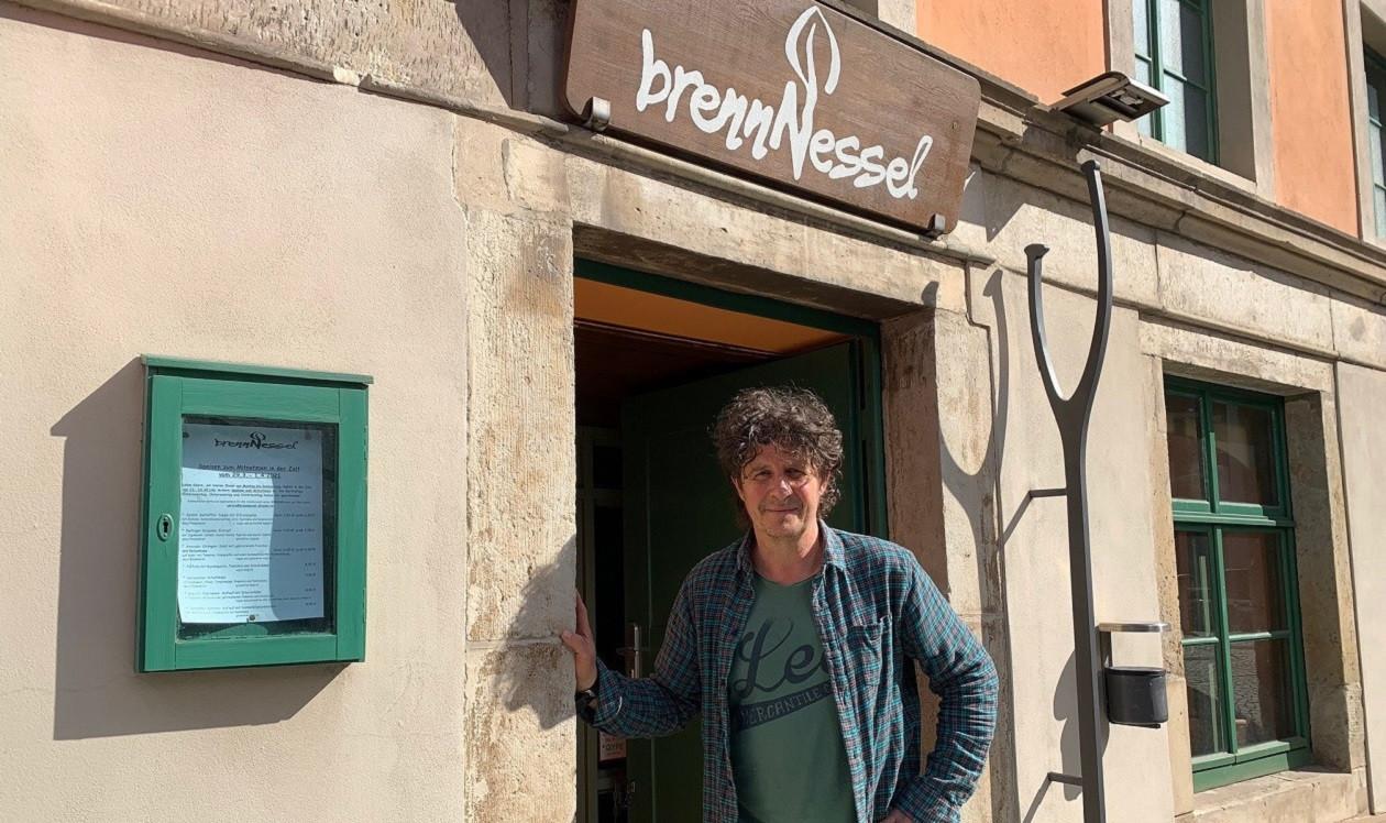 """Erste Aprilwoche: <a href=""""https://augusto-sachsen.de/articles/augusto-fragt-nach-im-restaurant-brennnessel-186697"""">Detlef Janz von der BrennNessel</a>"""