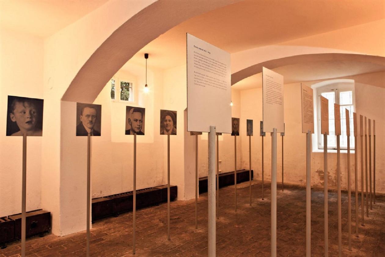 Geöffnet montags bis freitags 9 bis 16 Uhr, sonnabends, sonntags und feiertags 11 bis 17 Uhr: Gedenkstätte Pirna-Sonnenstein