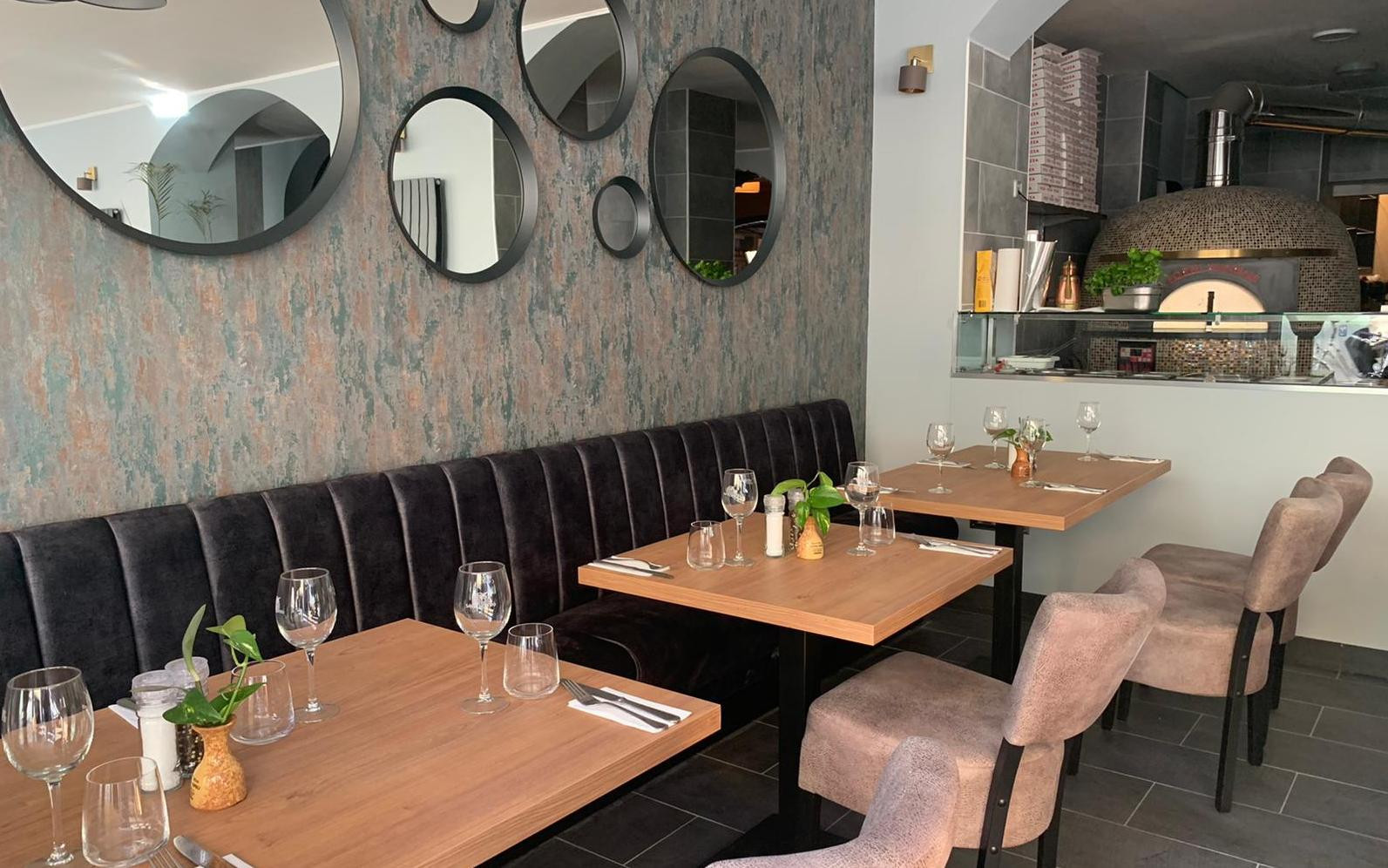 Im Vecchia Napoli können die Gäste beim Zubereiten der Speisen zuschauen.